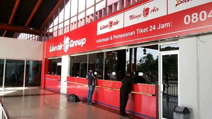 Loket Penjualan Tiket Bandara Ditutup