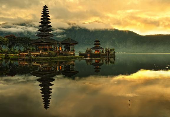 10 Tempat Wisata Indonesai Wajib Dikunjungi Bali