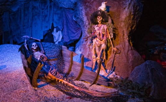 Lengkapi Kebahagiaan Akhir Tahun di Tokyo Disneyland The Pirates of The Caribbean