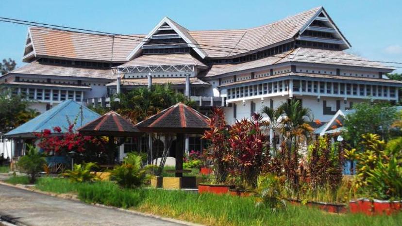 Traveling ke Manado, Kota Pesisir Berbukit