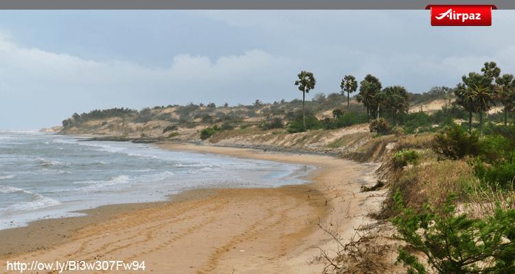 gambar pantai lombang