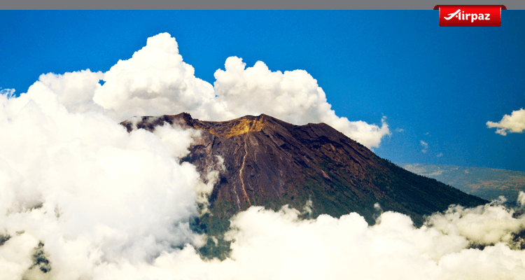 gambar gunung agung