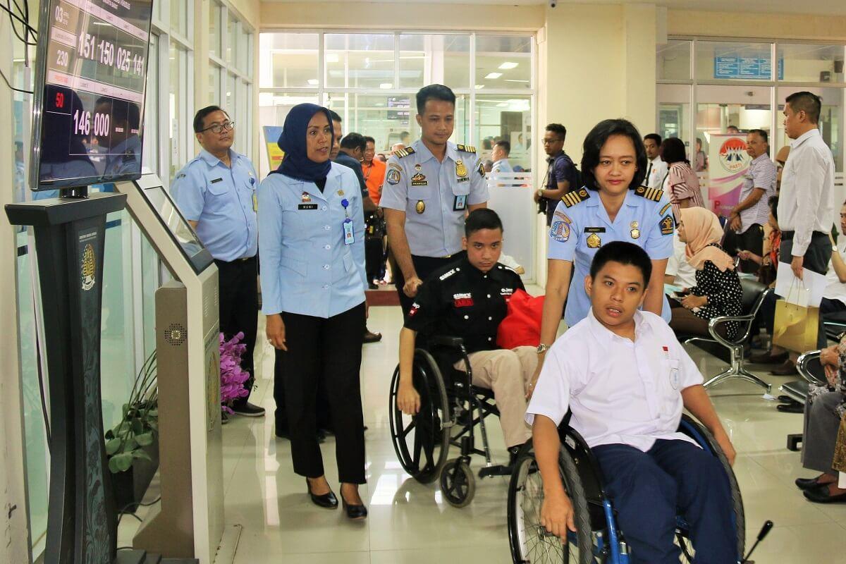 Ketahui Cara Mengurus Paspor untuk Disabilitas