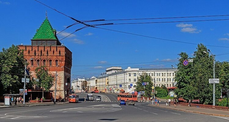 minin_and_pozharsky_square_-1