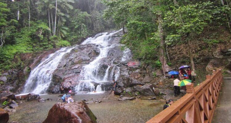 kota-tinggi-waterfall-malaysia