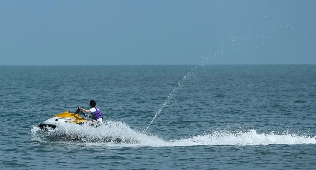 Batu Ferringhi - Bermain Water Sport