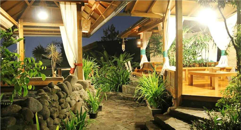 Bukber Bandung - Stone Cafe