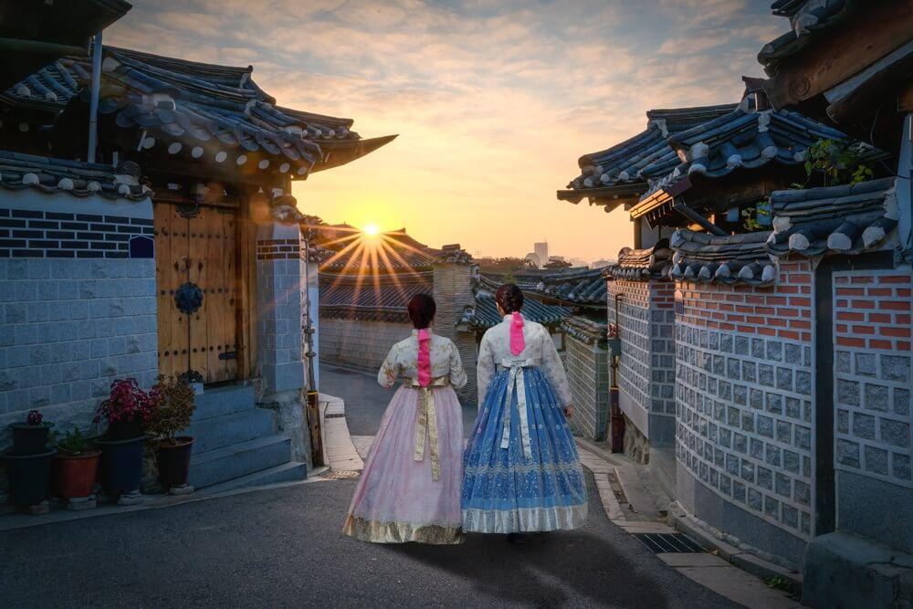 bukchon-hanok-village-korea