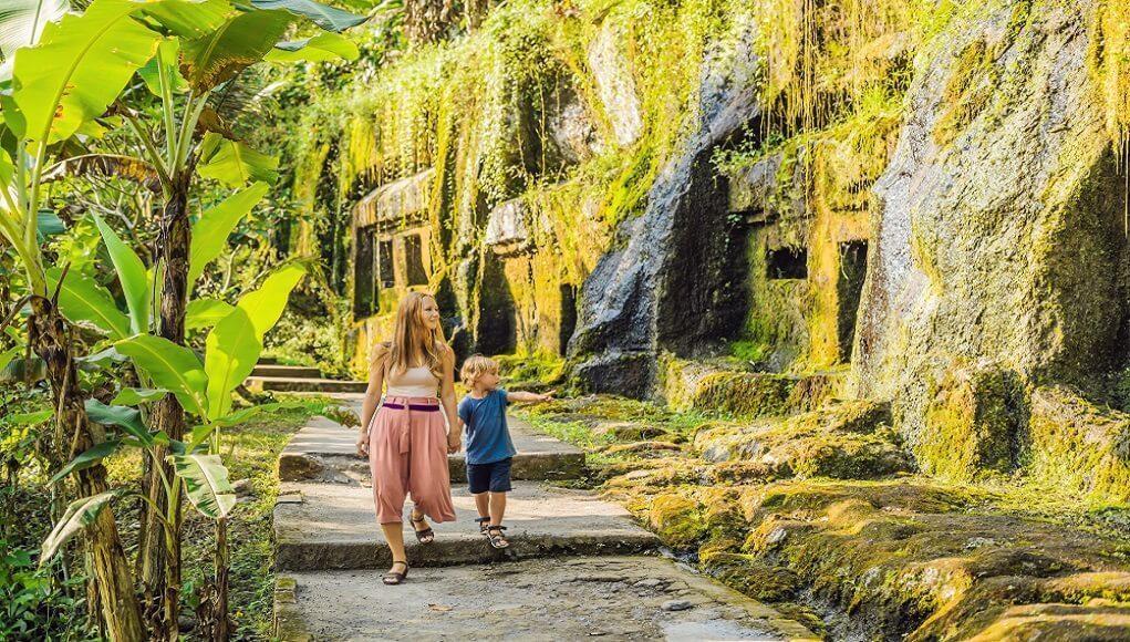 gambar candi gunung kawi