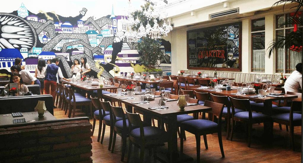 Christmas Dinner Restaurant - le quartier restaurant