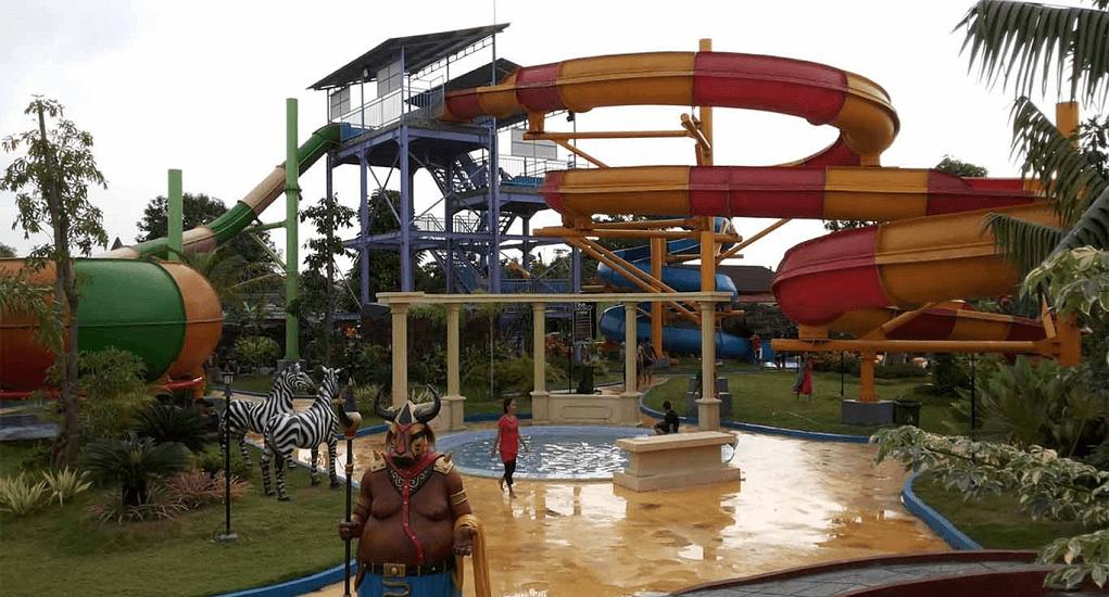 Ciputra Waterpark- Racer Slider