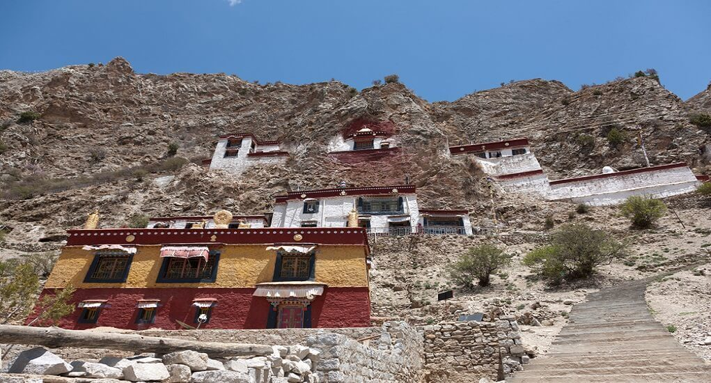 drepung-monastery-china