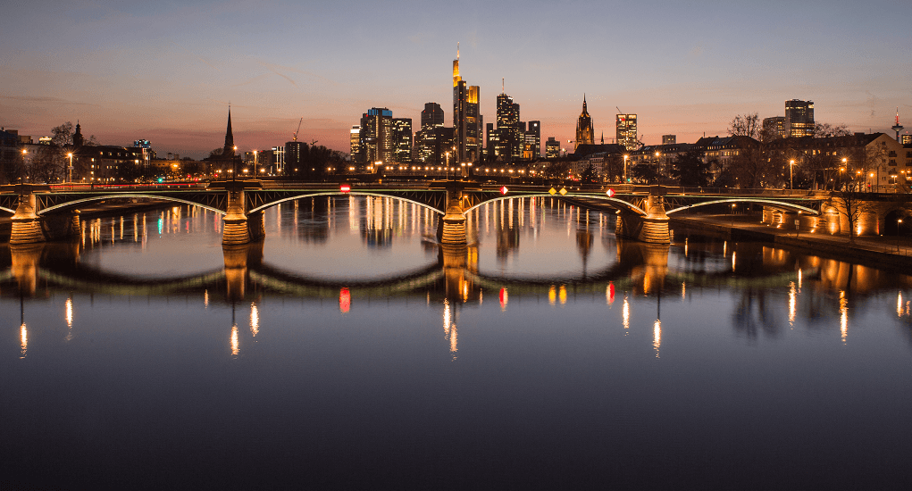 Enjoy the Main River of Frankfurt