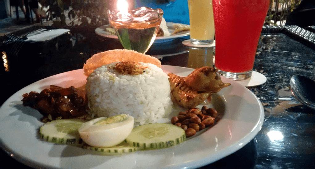 Foods in langkawi - Nasi Campur