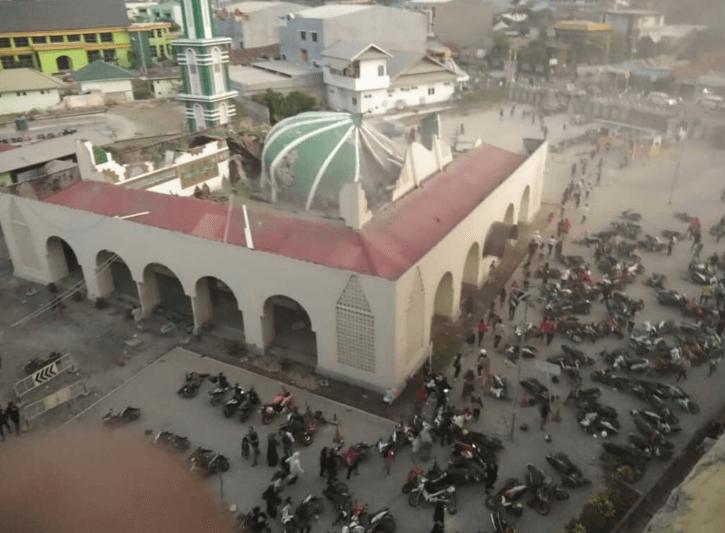Akibat Gempa Donggala Dan Tsunami Bandara Palu Di Tutup Sementara Airpaz Blog