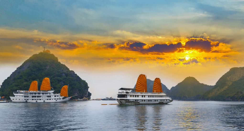 Halong Bay - Reaching Ha Long Bay