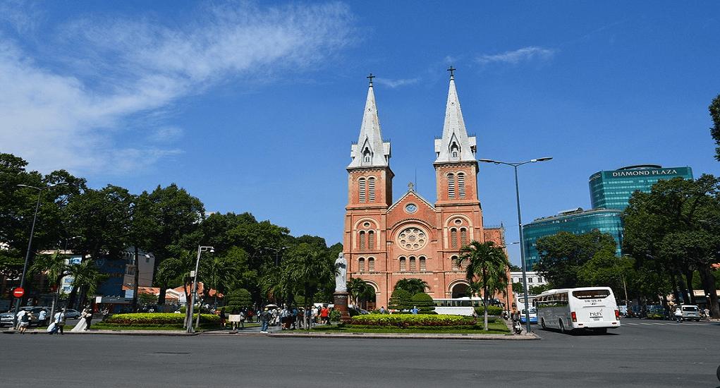 Ho Chi Minh - Notre Dame Basilica de Saigon