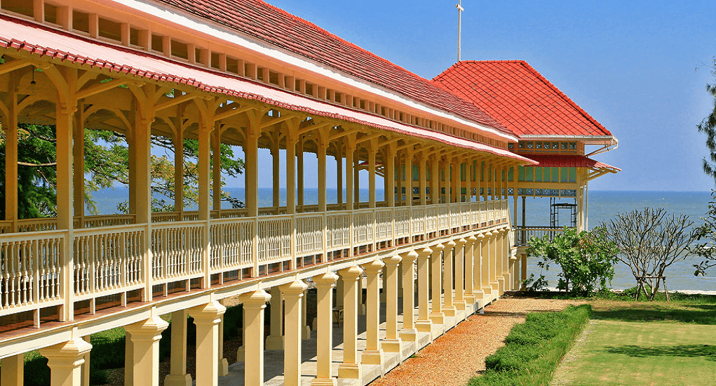 Hua Hin - Cha-Am Maruekhathaiyawan Palace