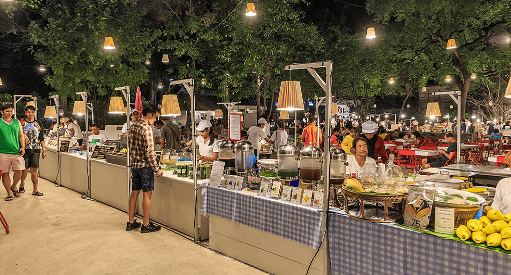 Hua Hin - Cicada Market