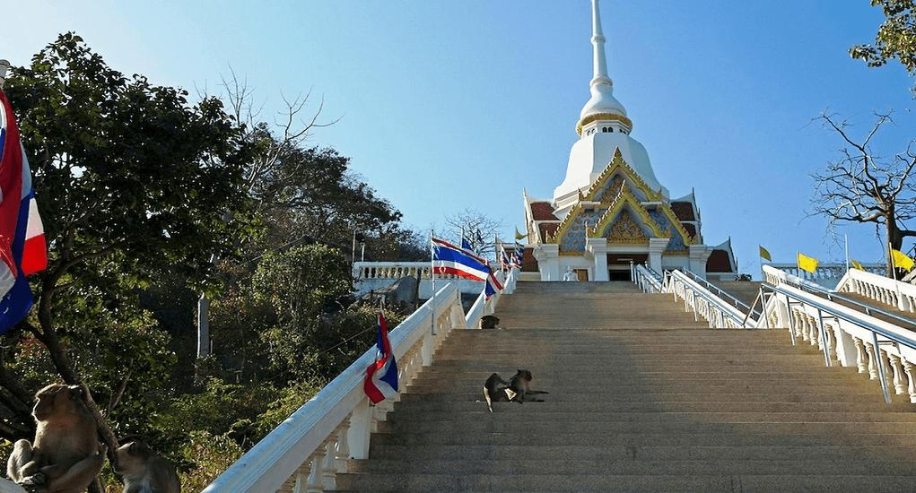 Hua Hin - Wat Khao Takiab