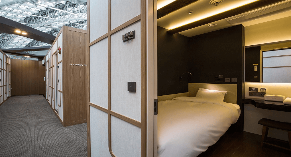 Incheon airport facility - Capsule Hotel