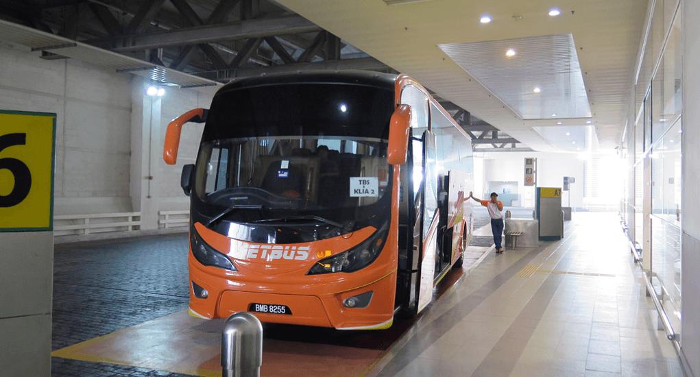 KLIA 2 - Naik Bus di Tempat Parkir yang Tertera pada Tiket