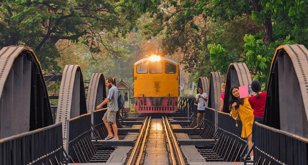 Kanchanaburi - Train from Bangkok to Kanchanaburi