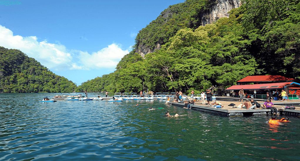 Langkawi - Dayang Bunting Lake