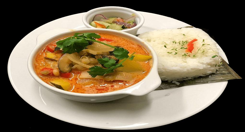 Makanan Khas Thailand - Khaeng Phet Kari Merah