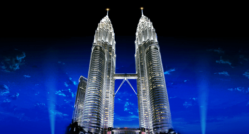 Malaysia - Menikmati Keindahan Malam Menara Kembar
