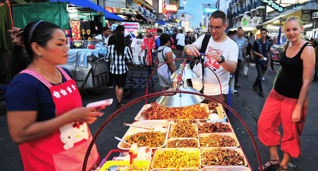 Malaysia ke Thailand - Ratchawat Market