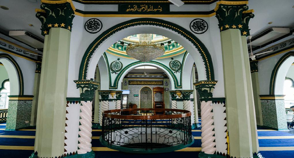 Masjid Abdul Ghofur - Akses Menuju Masjid Abdul Ghofur