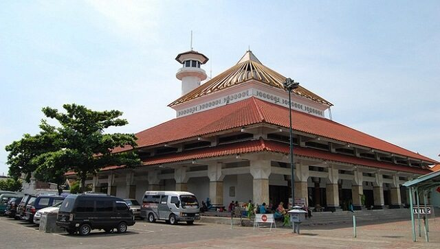 masjid agung kampung ampel