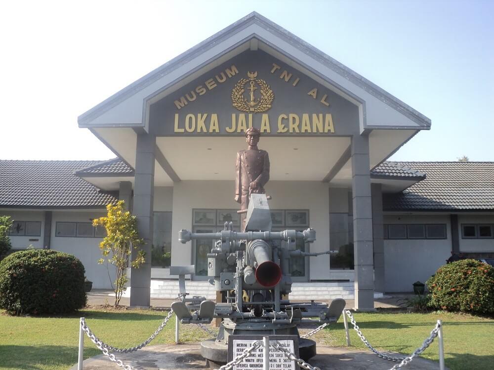 Tampak depan Museum Loka Jala Crana