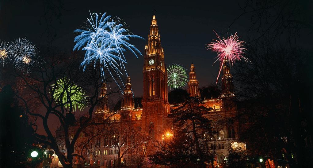New Year Vacation - Viena Hofburg Palace