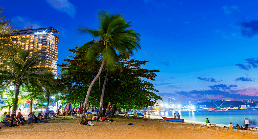 Pantai Pattaya - Wisata Malam di Pantai Pattaya