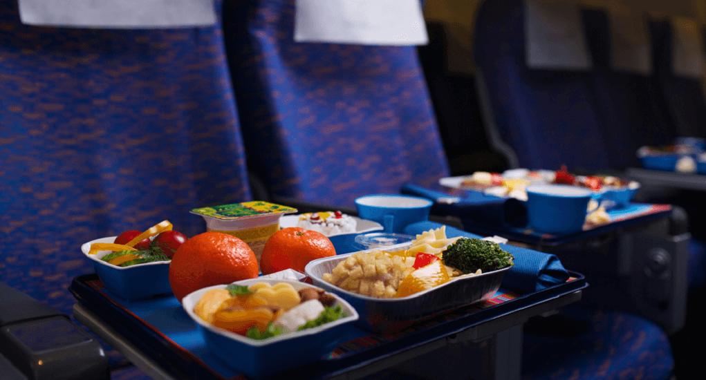 Penerbangan Panjang - Perhatikan Pilihan Makanan di Pesawat