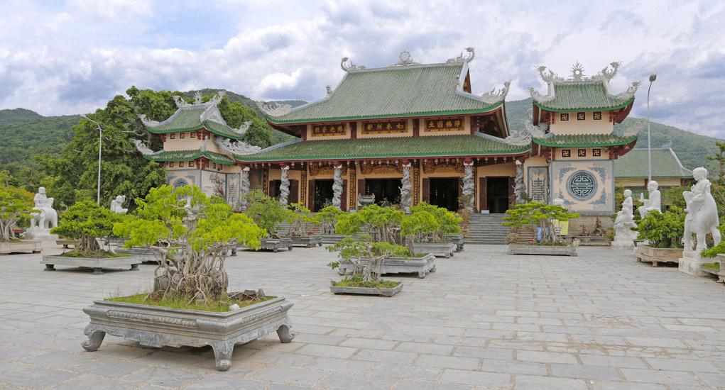 Phap Lam Pagoda