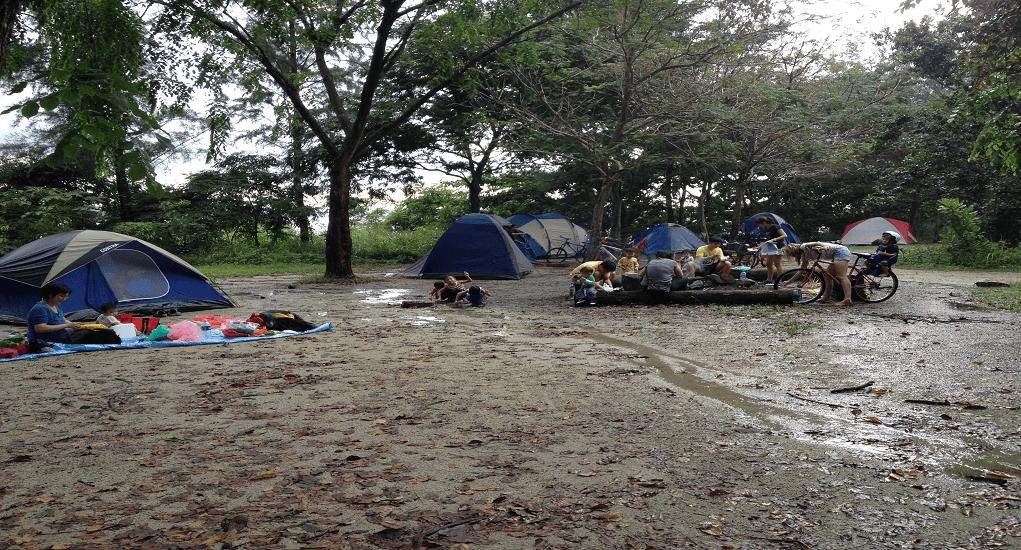 Pulau Ubin - Bermalam di tenda
