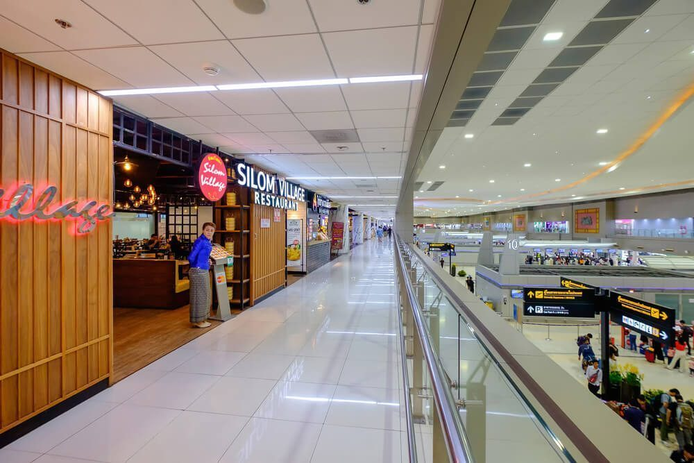The restaurant area in Don Mueang Airport Terminal 2