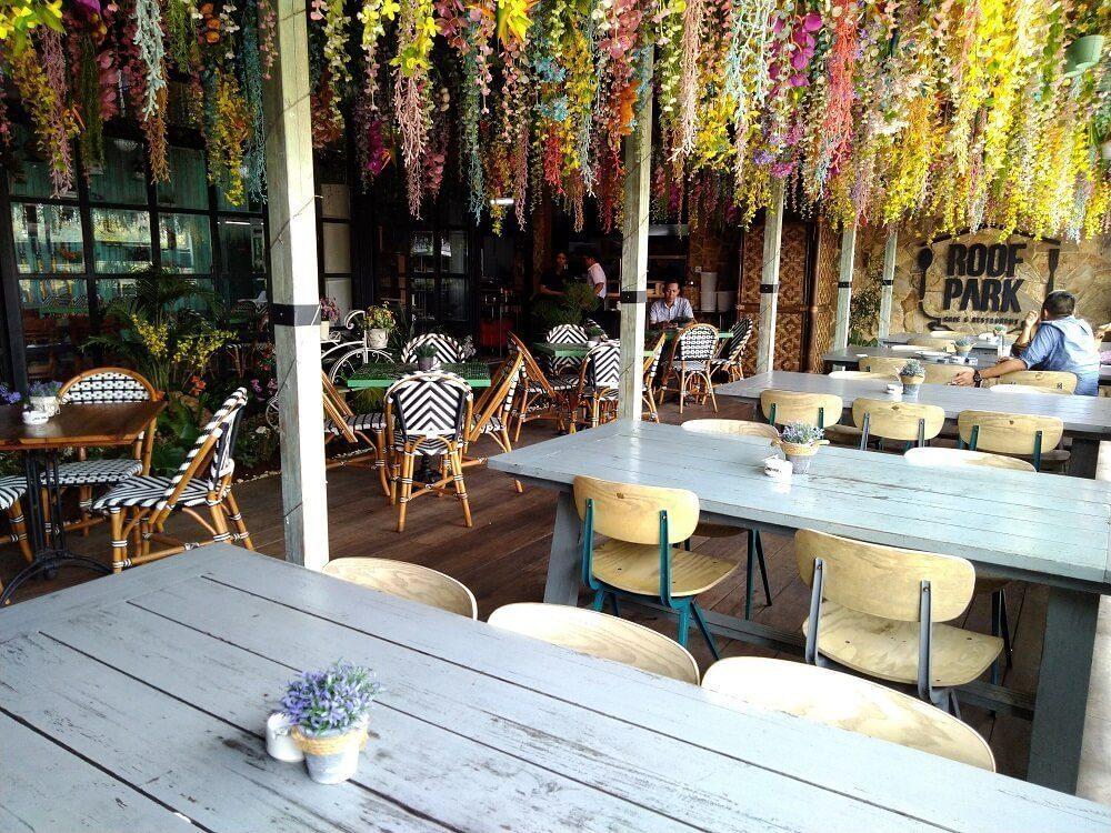 Roofpark Cafe di Bogor