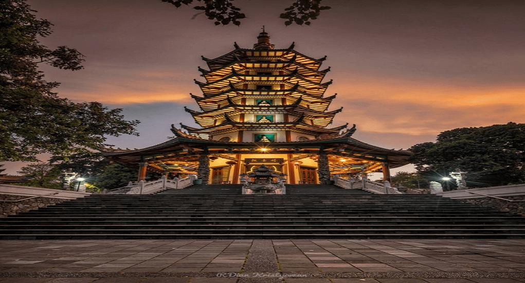 Semarang - Pagoda Watugong