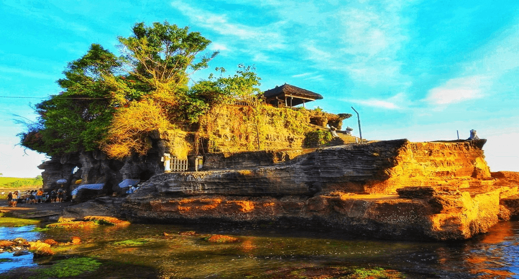 Thai Lion Air - Pura Tanah Lot