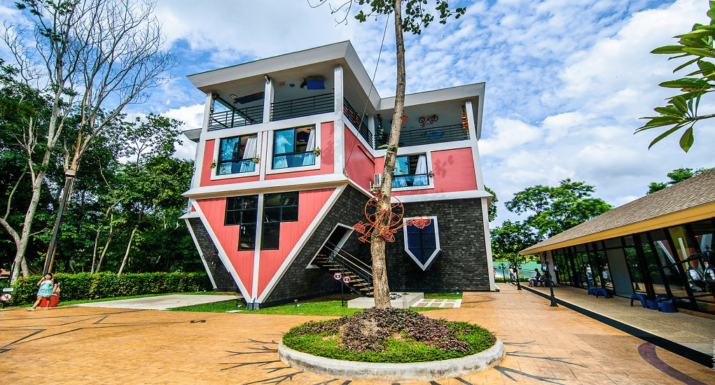 The Upside Down House - The Maze