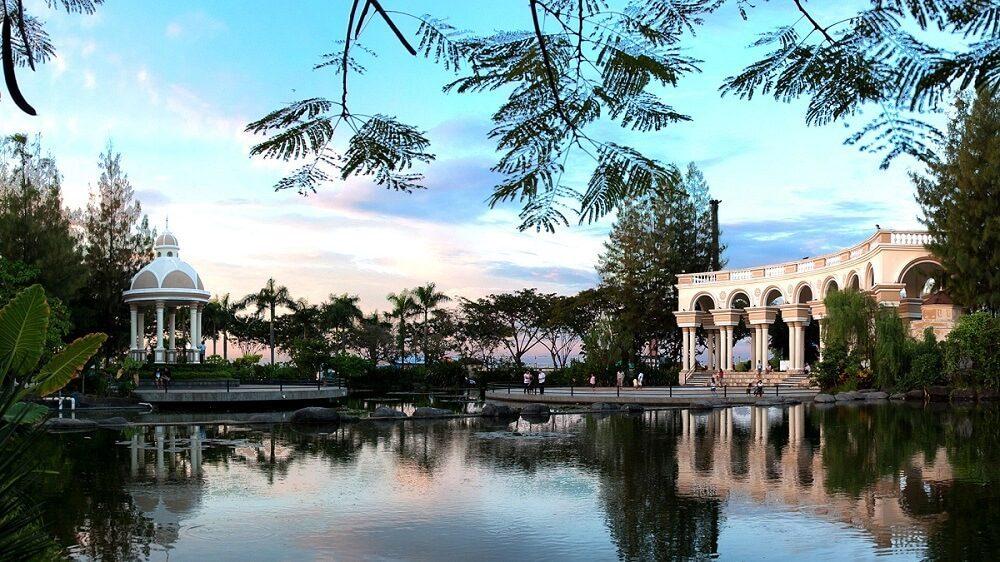 Twin Lagoon, bangunan bergaya Eropa