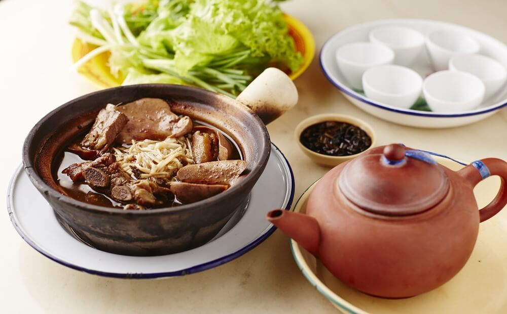 bak kut teh - singapore cuisine