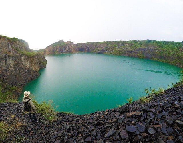 wisata danau quarry jayamik