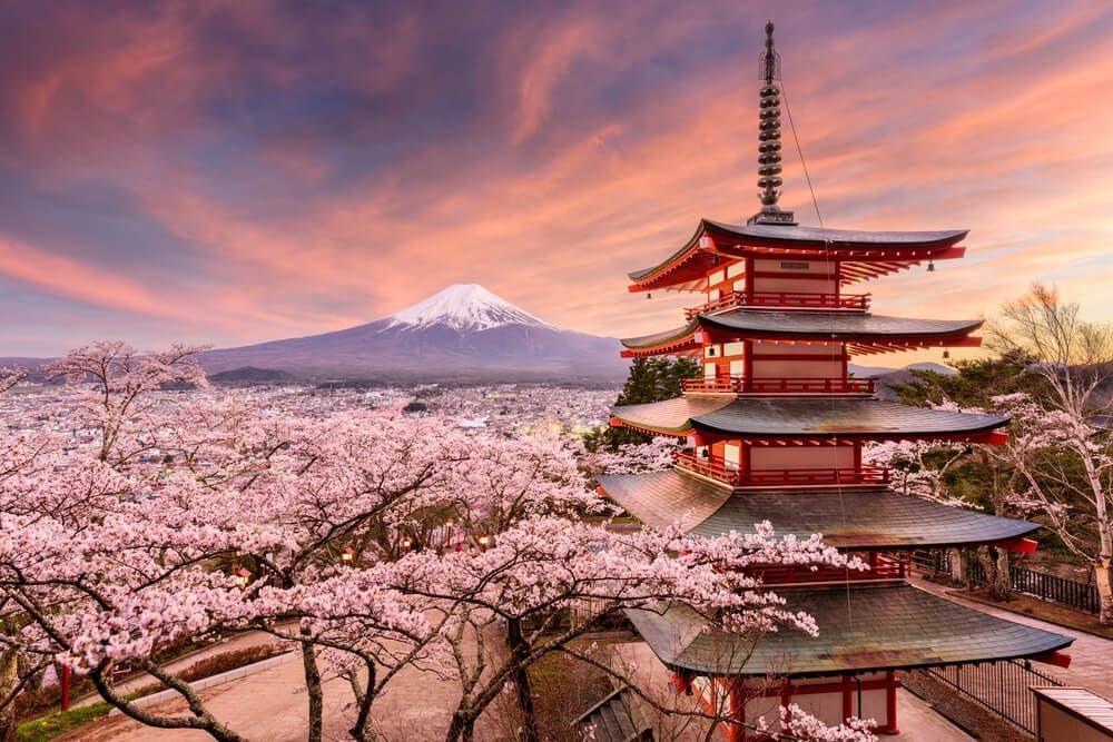 fujiyoshida pagoda