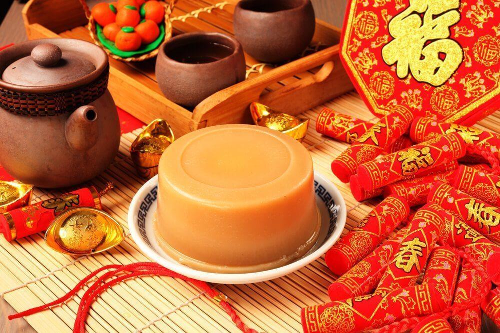 makanan khas imlek - kue keranjang