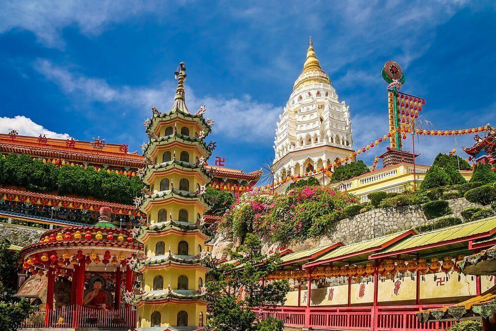kuil kek lok si - kuil buddha terbesar di malaysia